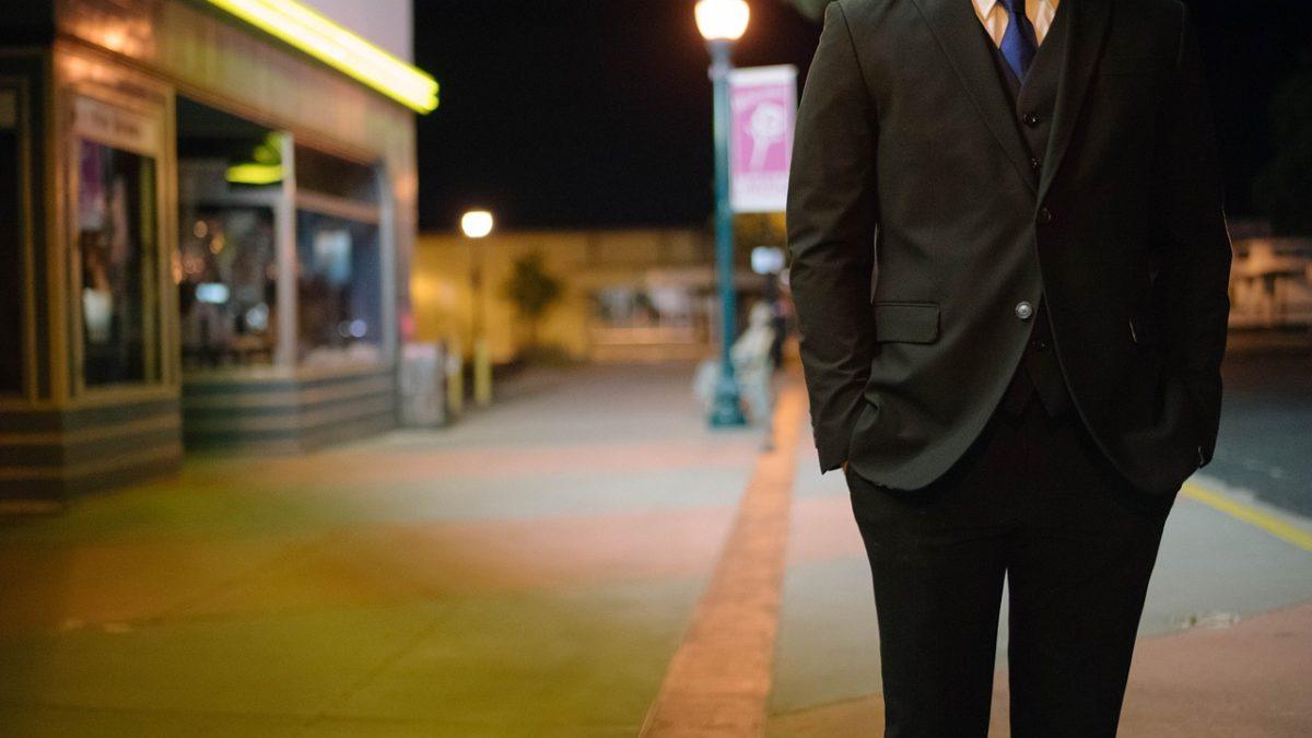 Specjaliści od szycia garniturów męskich